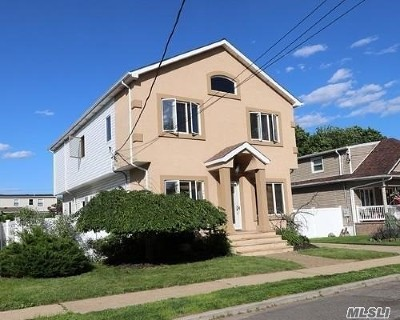 Merrick Single Family Home For Sale: 2637 Kenny Ave