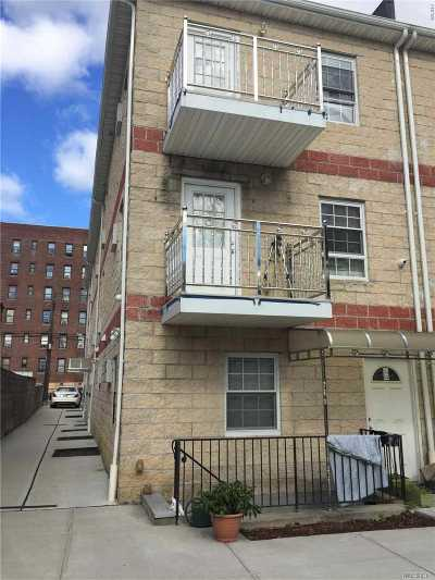 Jamaica Multi Family Home For Sale: 190-18 Woodhull Ave