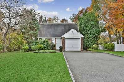 Roslyn Single Family Home For Sale: 195 Parkside Dr