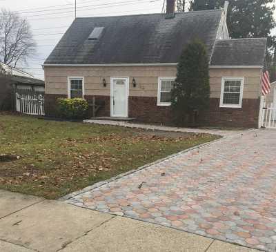 Levittown Single Family Home For Sale: 38 Azalea Rd