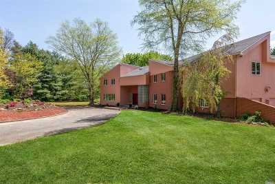 Old Westbury Single Family Home For Sale: 242 Store Hill Rd