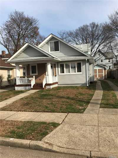 Hempstead Multi Family Home For Sale: 70 California Ave