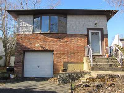 Dix Hills Single Family Home For Sale: 15 Cather Ave