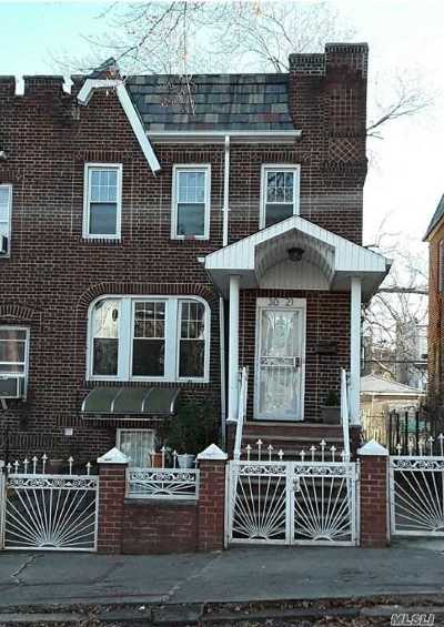 Jackson Heights Multi Family Home For Sale: 30-21 84 St