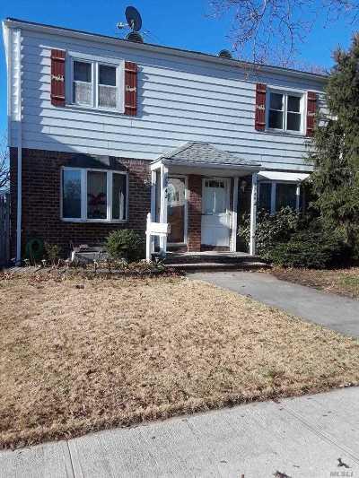 Bellerose, Glen Oaks Single Family Home For Sale: 77-42 250th St