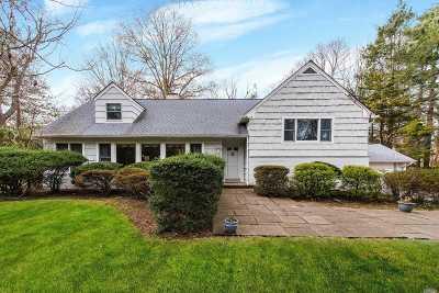 Huntington Single Family Home For Sale: 45 Flower Hill Rd