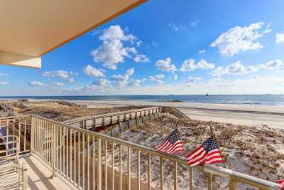 Long Beach NY Condo/Townhouse For Sale: $629,000