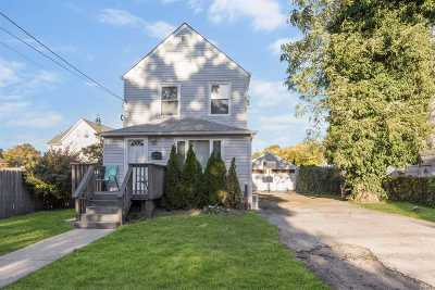 Cedarhurst Single Family Home For Sale: 246 Prospect Ave