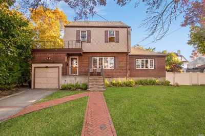 Cedarhurst Single Family Home For Sale: 447 Westminster Rd