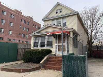 Elmhurst Single Family Home For Sale: 51-16 Van Loon St