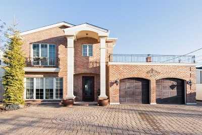 Single Family Home For Sale: 2997 Cheryl Rd