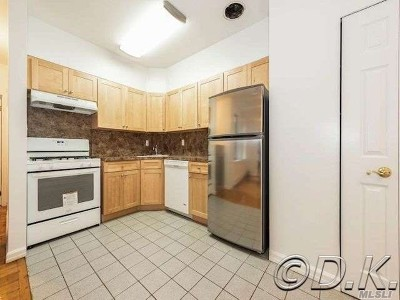 Long Beach Condo/Townhouse For Sale: 25 W Broadway #102