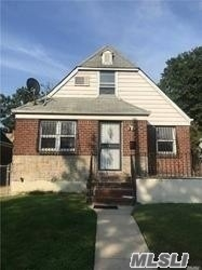 Fresh Meadows Single Family Home For Sale: 67-18 166th St