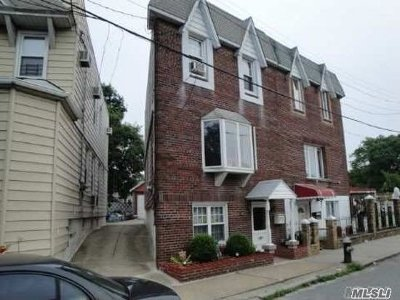 Flushing Single Family Home For Sale: 89-26 83rd Ave