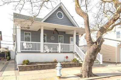 Long Beach NY Single Family Home For Sale: $594,000