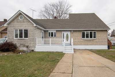 N. Bellmore Single Family Home For Sale: 19 Chicago Ave