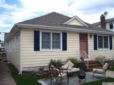 Long Beach NY Single Family Home For Sale: $509,000