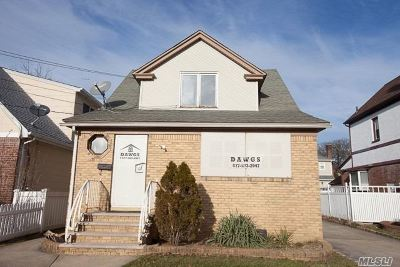 Valley Stream Multi Family Home For Sale: 55 E Beverly Pky