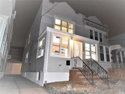 Middle Village Single Family Home For Sale: 79-44 67 Rd