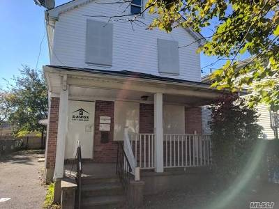 Hempstead Multi Family Home For Sale: 83 Vermont Ave