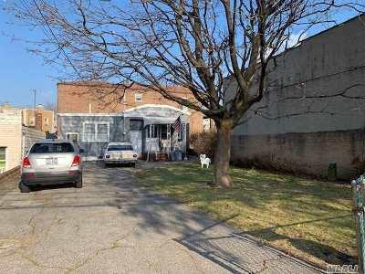 Single Family Home For Sale: 70-15 Ditmars Blvd