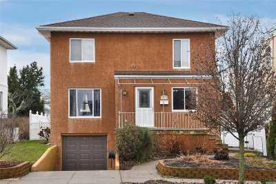 Long Beach NY Single Family Home For Sale: $589,000