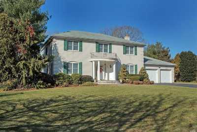 Dix Hills Single Family Home For Sale: 9 Sherwood Cres