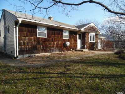 Medford Single Family Home For Sale: 2401 Waverly Ave