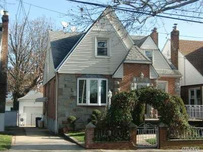 Bayside Single Family Home For Sale: 33-31 Clearview Expy
