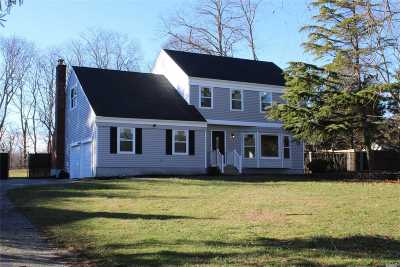 Wading River Single Family Home For Sale: 129 Long View Dr