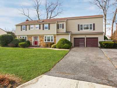 Setauket Multi Family Home For Sale: 20 Fox Hollow Rd