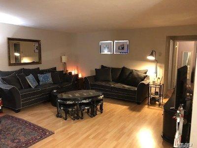 Ronkonkoma Condo/Townhouse For Sale: 32 Richmond Blvd #1B
