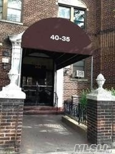 Elmhurst Condo/Townhouse For Sale: 40-35 Ithaca St #2 G