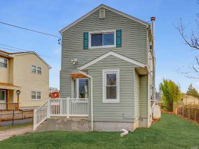 Central Islip  Single Family Home For Sale: 7 2nd Ave