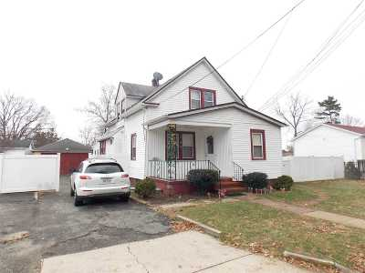Central Islip  Single Family Home For Sale: 380 Ackerman St