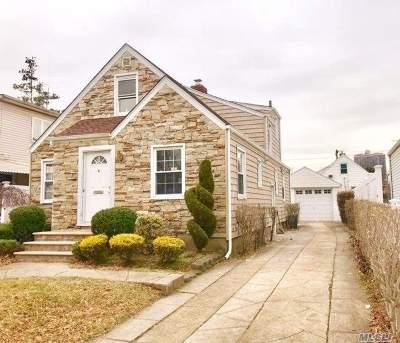 New Hyde Park Single Family Home For Sale: 267-07 Union Tpke