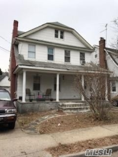 Floral Park Single Family Home For Sale: 20 Colonial Rd