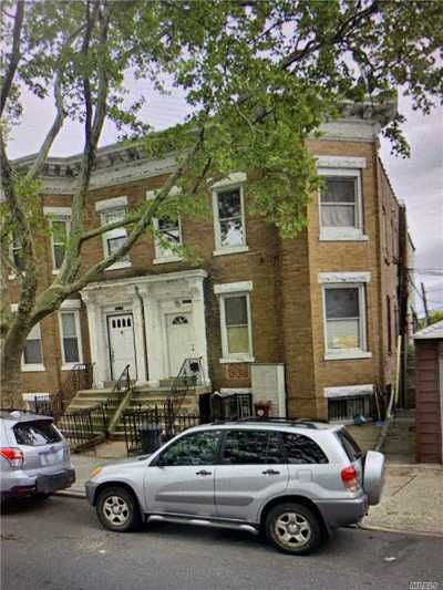 Brooklyn Multi Family Home For Sale: 8821 17 Ave