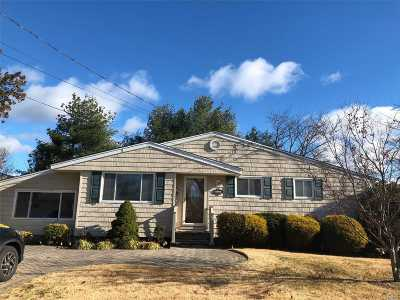 Deer Park Single Family Home For Sale: 71 W 15th St