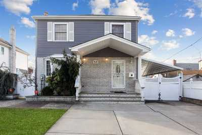 New Hyde Park Single Family Home For Sale: 78-14 271st St