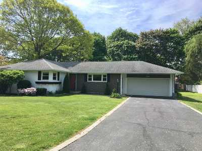 Northport Single Family Home For Sale: 42 Sea Cove Rd