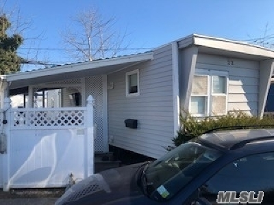 Islip Single Family Home For Sale: 150 Main Street #22