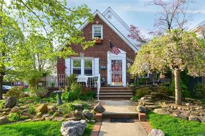 Fresh Meadows Single Family Home For Sale: 182-01 69 Ave