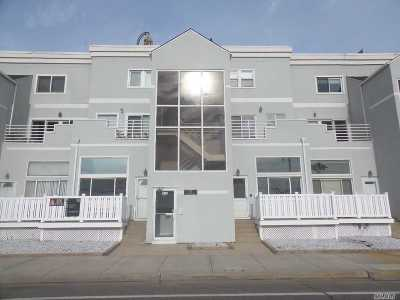 Long Beach Condo/Townhouse For Sale: 45 E Broadway #8