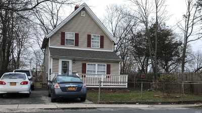 Central Islip  Single Family Home For Sale: 1 Brightside Ave