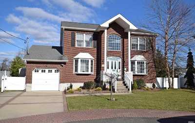 Oceanside Single Family Home For Sale: 2939 Oceanside Rd