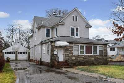 Freeport Multi Family Home For Sale: 204 Church St