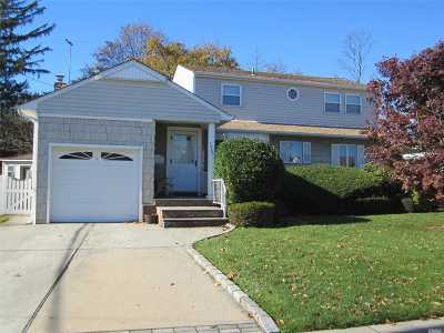 East Meadow Single Family Home For Sale: 1951 Central Dr., N