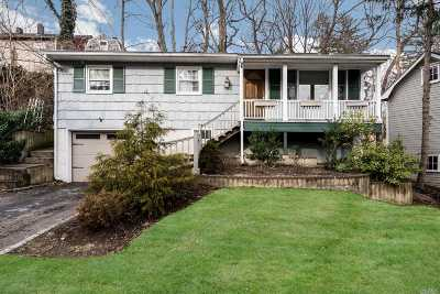 Locust Valley Single Family Home For Sale: 33 Edgewood Pl
