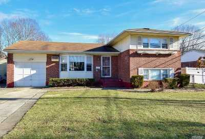 Commack Single Family Home For Sale: 8 Otsego Pl